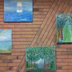 Výstava obrazů v kavárně Kosatec
